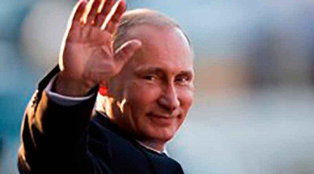 Япония бош вазири Путинни қайноқ булоқда чўмилишга таклиф этди