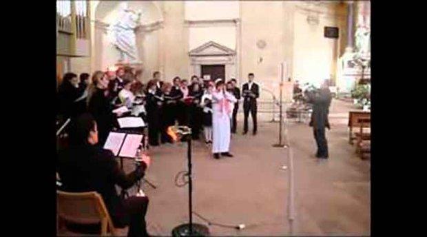 Италиянинг Рим шаҳридаги черковда АЗОН айтилди (Видео)