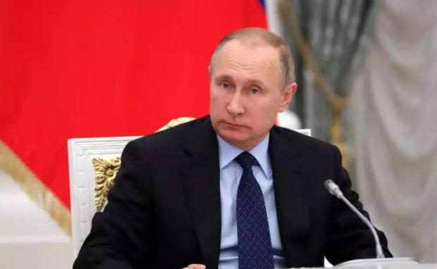 Россия ўз ватандошларига давлат фуқаролигини бериш тизимини осонлаштиради