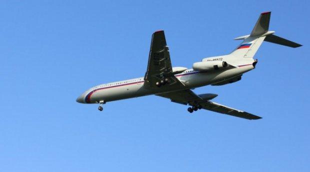 Россияда Ту-154 авиаҳалокати муносабати билан 26 декабрь мотам куни деб эълон қилинди