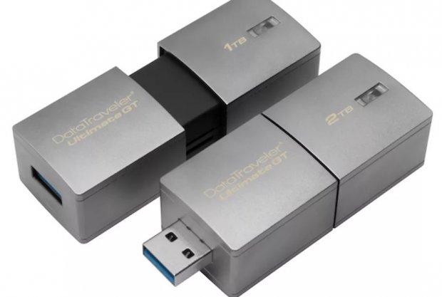 Энг катта хотирага эга USB-флешкалар тақдим қилинди
