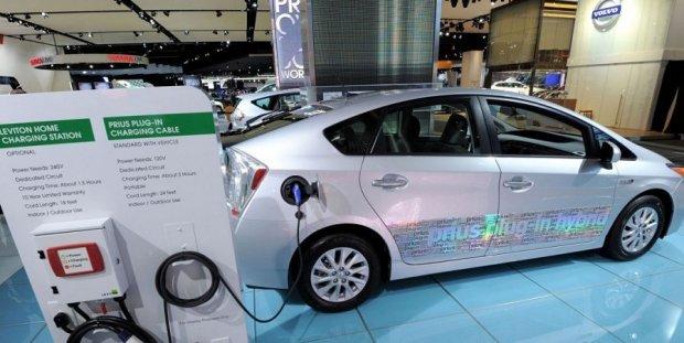 7 йил ичида электромобиль батареялари нархи 80 фоизга пасайди