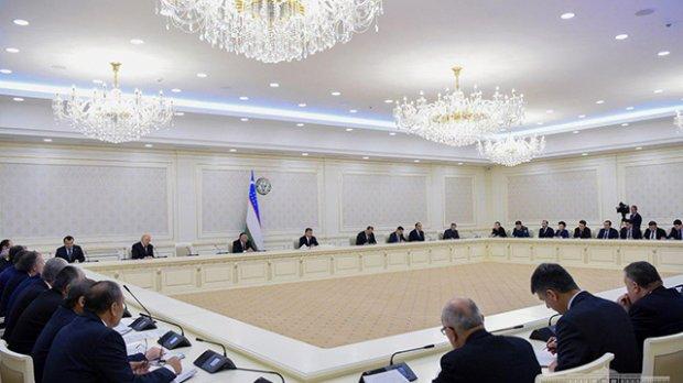 Shavkat Mirziyoyev Islom Karimov tavalludining 80 yilligini nishonlash yuzasidan yig'ilish o'tkazdi