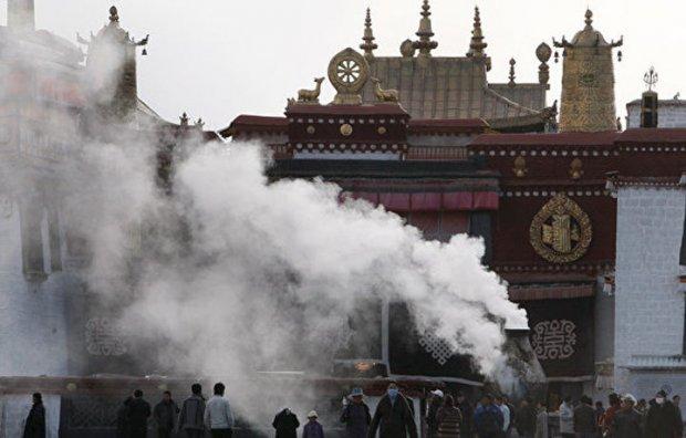 Тибетда ЮНЕСКО рўйхатига киритилган объект ёниб кетди