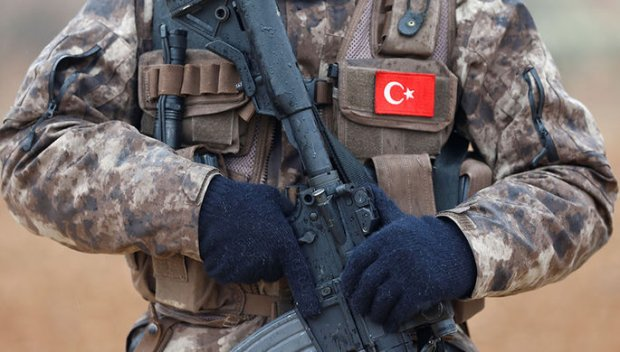 """Turkiya Suriyada """"terrorchilar kolonnasi""""ga zarba berilgani haqida ma'lum qildi"""