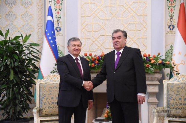 Имомали Раҳмон Ўзбекистон Президенти билан учрашувни тарихий деб атади
