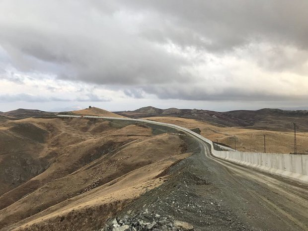 Туркия Сурия билан чегарада 564 километрлик девор қурилишини якунлади