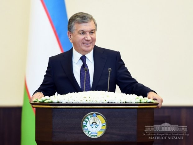 """Shavkat Mirziyoyev: """"O'qituvchini hurmat qilmagan rahbarni men hurmat qilmayman"""""""