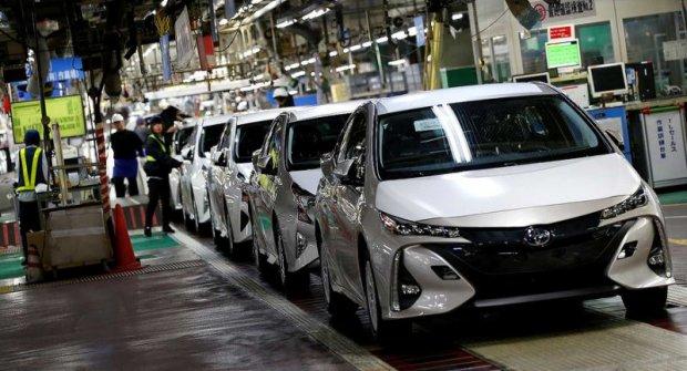 Toyota бир миллиондан ортиқ машинасини нуқсони сабабли қайтариб олади