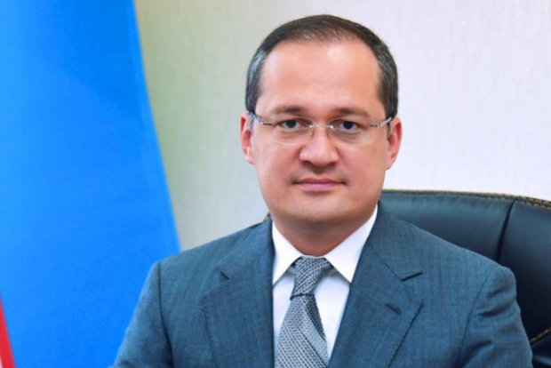 Комил Алламжонов президент матбуот котиби лавозимидан озод қилинди