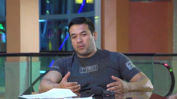 Aktyor Ulug'bek Qodirov «nima uchun jurnalistlardan 'qochib' yurishiga» oydinlik kiritdi