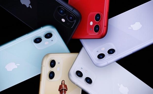 Apple yangi iPhone'larni taqdim qildi (foto, video)