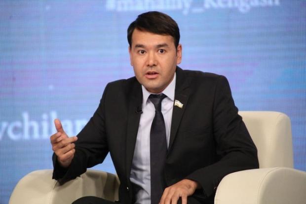 Rasul Kusherbayev stipendiyaning 400 ming so'm etib belgilangani haqida fikr bildirdi
