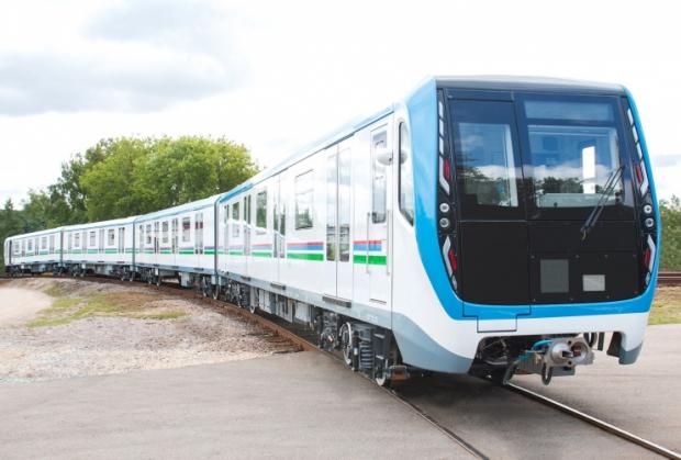 Россия компанияси Тошкент метроси учун 5 та поезд жўнатди
