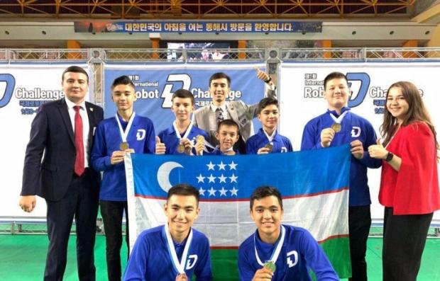 Robototexnika xalqaro chempionatida ilk medallar qo'lga kiritildi