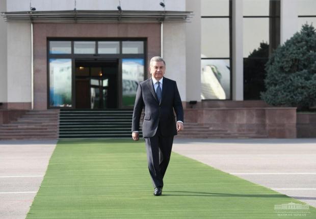 Shavkat Mirziyoyev Ashxobodga jo'nab ketdi