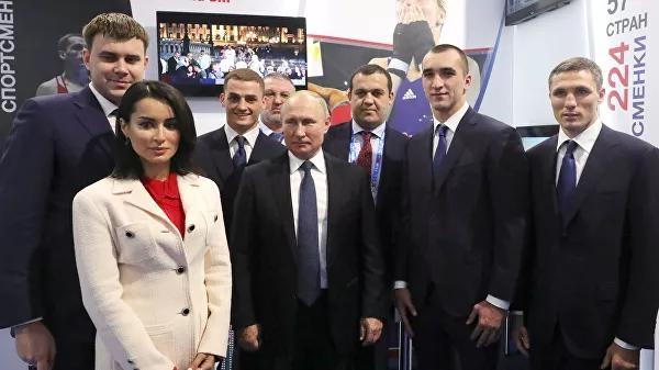 Путин бурнини қандай синдиришгани ҳақида сўзлаб берди