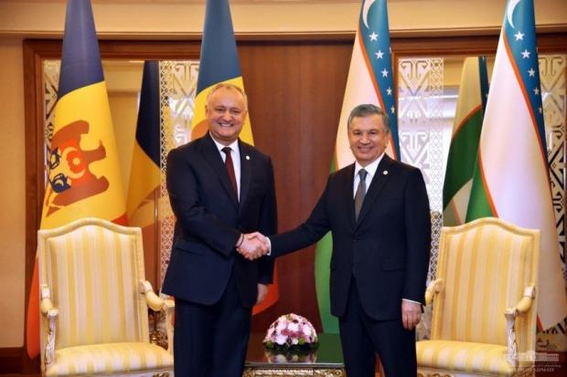 Шавкат Мирзиёев Ашхободда Молдова президентини қабул қилди