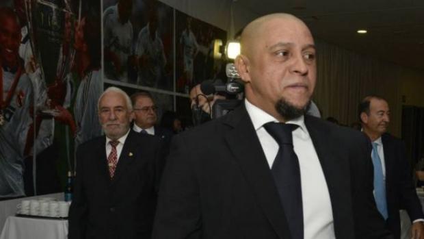 Роберто Карлос рафиқасидан кўра ким билан кўпроқ ухлаганини айтди