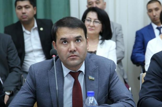 """Rasul Kusherbayev: """"Artel"""" monopoliya sari intilishda siyosiy """"krыsha""""ga ega bo'ldi"""