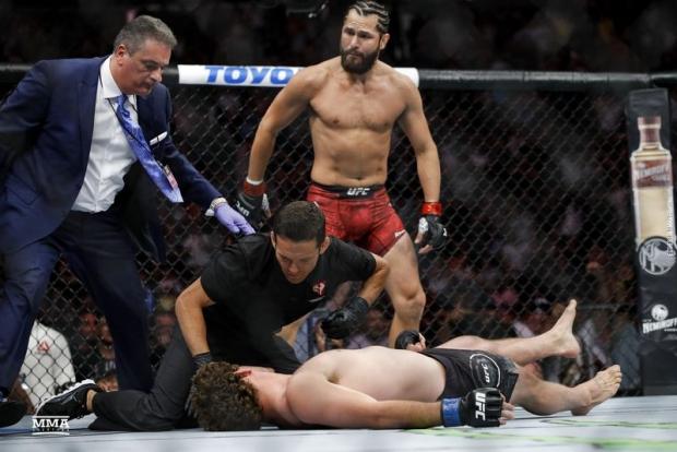 5 soniyada nokaut bo'lgan UFC jangchisi revansh istagida