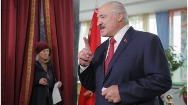 «Бизга бундай иттифоқнинг нима кераги бор?»: Лукашенко Россия билан бирлашиш борасида ўз фикрини билдирди