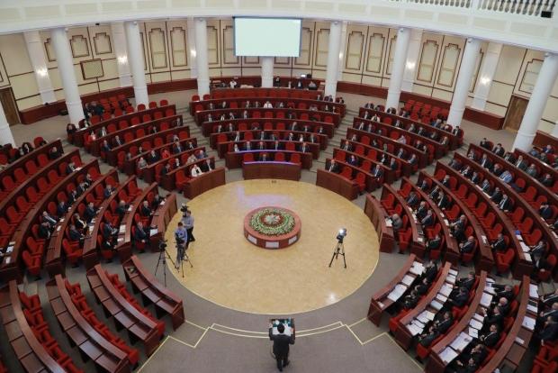 Deputatlar yangi tahrirdagi Soliq kodeksini qabul qildilar