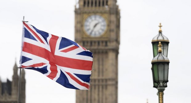 Britaniya hukumati iyuldan aholini moliyaviy qo'llab-quvvatlashni to'xtata boshlaydi