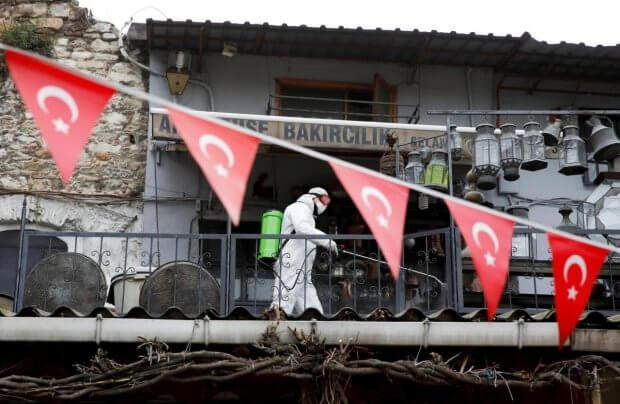 Туркия июндан хорижлик туристларни қабул қилишни режалаштирмоқда