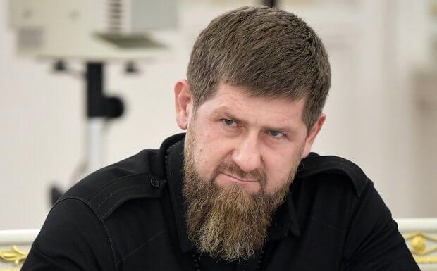 Рамзан Қодиров Москвага келтирилди: коронавирусга чалинган бўлиши мумкин