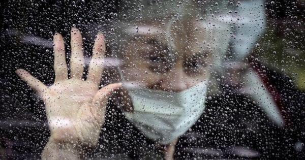 Alanna Armitaj: «Pandemiya Yevropa keksalarga naqadar e'tiborsiz ekanini ko'rsatib qo'ydi»