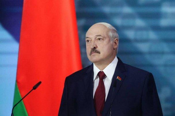 «Африкага Шимолий қутб орқали учишадими?» – Лукашенко қўлга олинган россияликлар ҳақида кескин фикр билдирди