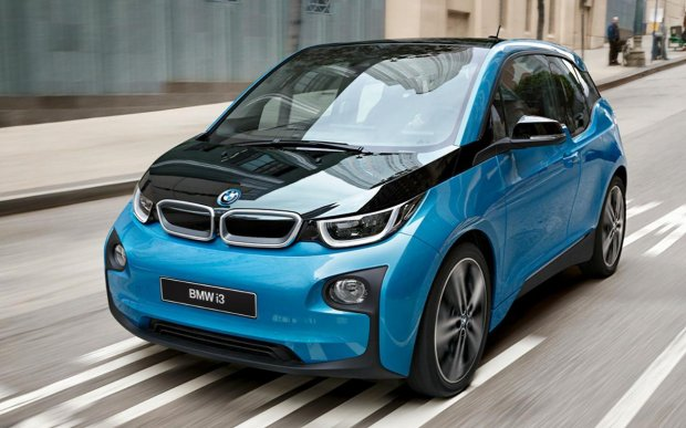 BMW тўққизта янги электрокарни тақдим этади