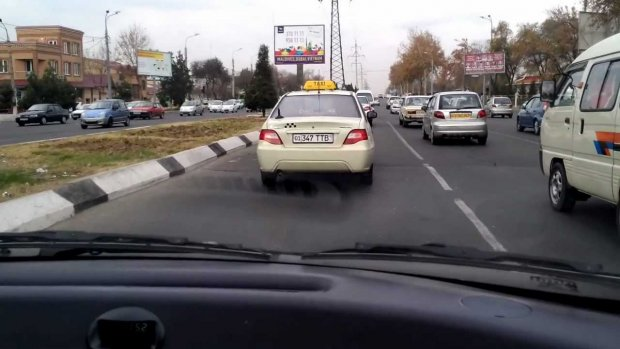 Taksi faoliyati uchun litsenziyani avtomatik olish tartibi joriy etiladi