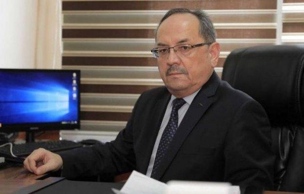 Нурмат Отабеков: «Вирус қандай «сюрприз»лар тайёрлаб қўйганини билмаймиз»