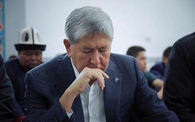 Atamboyev ochlik e'lon qildi