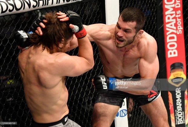 UFC 257: Mahmud Muradov amerikalik raqibini texnik nokautga uchratdi (video)