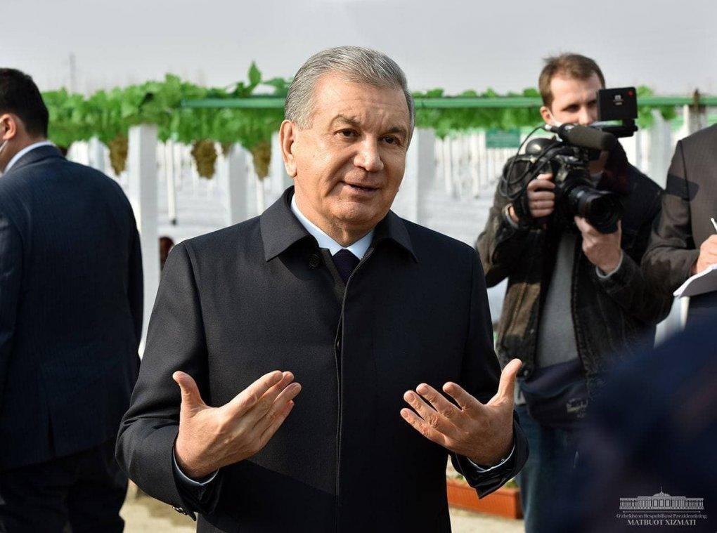 Шавкат Мирзиёев журналистларга: «Қўрқманглар, ортингизда президент бор»