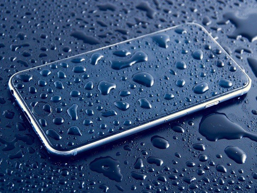 Apple sensorli smartfonlarning eski muammosiga yechim topdi