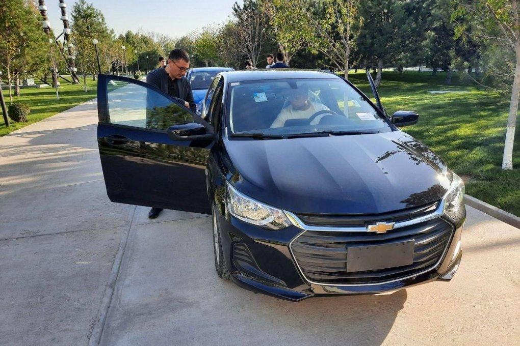 Chevrolet Onix turli soha vakillari va blogerlar ishtirokida sinovdan o'tkazildi