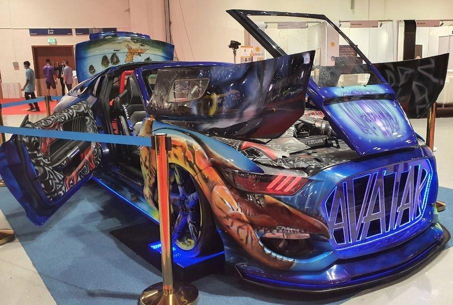 Dubayda «Avatar» uslubida yaratilgan Ford Mustang namoyish etildi