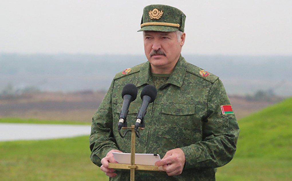 Lukashenko ommaviy ravishda Belorus kuch ishlatar tizimlari xizmatchilarini unvonlaridan mahrum qildi