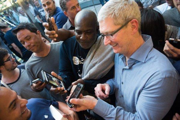 Apple iOSдаги компания иловаларини ўчиришга ижозат беради