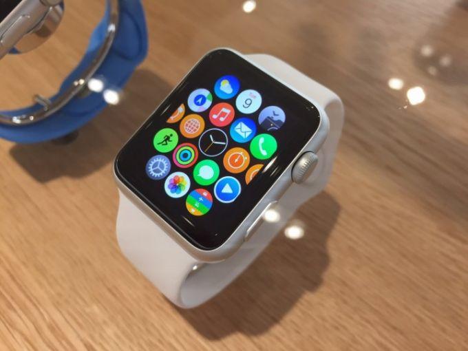 Apple Watch aqlli soatlari uchun oldindan buyurtma berish boshlandi