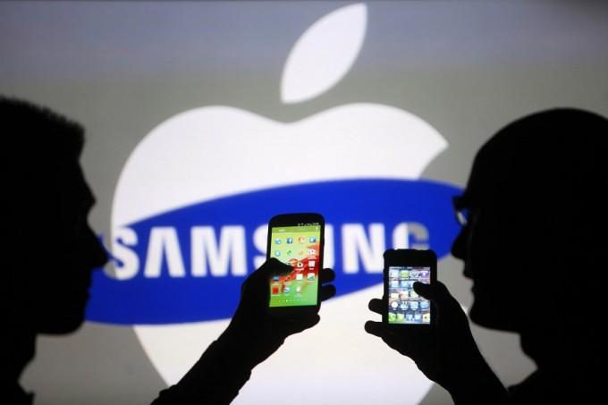 Гигантлар Apple'га қарши курашда Samsung'ни қўллаб-қувватлади